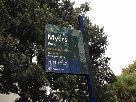 Entrance to Myers Park, Queen Street, Auckland